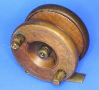 Antique wooden & brass fishing reel, 3 inch diameter [20885]