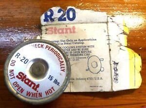 - 1987 1988 Chevrolet STANT R20 Radiator Cap Rating 16 PSI Gates 31528 Suburban