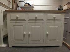 HAMPSHIRE PAINTED 3 DOOR SIDEBOARD /SOLID PINE - SOLID OAK - F&B STRONG WHITE