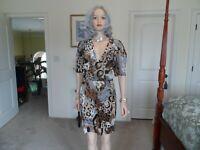 Diane Von Furstenberg 100% Silk Brown/Beige/Gray Print Pleated Dress Size 14