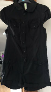DENIM & CO LADIES BLACK ALL-IN-ONE SHORT SLEEVED SUIT SIZE 12 BUTTON/POCKETS