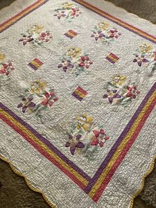Vintage Applique LILY QUILT Ohio embroidered 80 x 83""