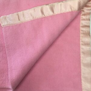 Vtg Solid Pink Acrylic Thermal Soft Blanket Satin Binding 80x75 Full/Queen