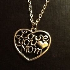 Love you mom necklace heart shape silver in colour