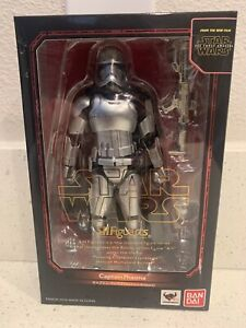 S.H. Figuarts Captain Phasma Star Wars The Force Awakens Pre Owned
