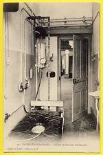 cpa Dos 1900 PLOMBIÈRES les BAINS (Vosges) CABINET de DOUCHES Cliché KODAK