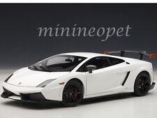 AUTOart 74693 LAMBORGHINI GALLARDO LP 570 SUPERTROFEO STRADALE 1/18 WHITE