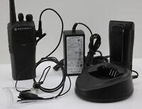 Motorola CP040 VHF Handfunkgerät  Netzteil Headset Ladestation Betriebsfunkgerät