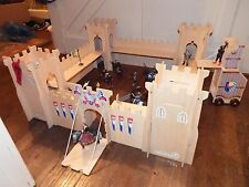 ELC wooden castle figure toy playset with soldiers queen weapons catapult horse