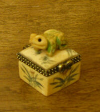 "Oriental Trinket Box #S0454 Frog Bone Box, MIB 1.25"" NEW from Retail Store"