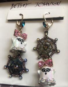 Betsey Johnson Gold Tone Girl Ghost & Spider Web Mismatch Drop Earrings NIB
