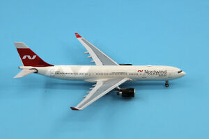 1:400 Panda Nordwind Airlines AIRBUS A330-200 Passenger Airplane Diecast Model