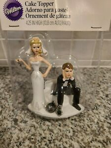 New 2006 Wilton Ball & Chain Key Bride/Groom Humorous Wedding Figurine Unopened