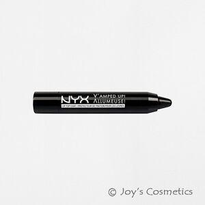"1 NYX V'Amped Up! Lip Top Coat "" VUTC 01 - Black ""   *Joy's cosmetics*"