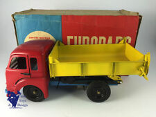 Jouets et jeux anciens véhicules en tôle pour camions