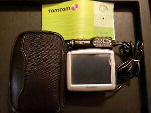 Tom Tom One GPS with charger, instruction manual and case bundle package