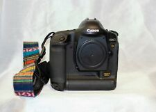 Camera full frame. CANON EOS-1 MarK II USED ONLY BODY. NEW BATTERY AND CHARGER.