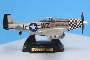 P51 Mustang Diecast WWII Fighter Aircraft Model. 1/48 Scale. Big Beautiful Doll.