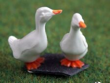 Pair Of Geese / Ducks Dolls House Miniature Pets & Animals 1/12 scale