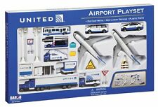 Realtoy DARON  United Airlines Die Cast Playset  24pc   DAR6262