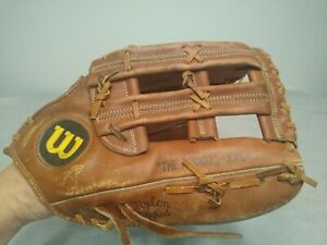 VinTage Wilson A2000 XXL BASEBALL SOFTBALL Outfielders glove Nice condition