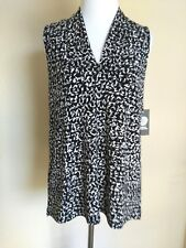 Vince Camuto Women's Top size XS Black Gray Geometric Print Career New with Tags