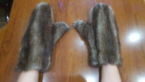 Muskrat Real Fur Mittens Gloves Natural Genuine Fur Muskrat ~