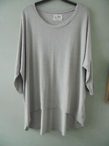 A POSTCARD FROM BRIGHTON OVERSIZE BEIGE JERSEY TOP 20/22