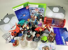 DISNEY INFINITY LOT 2 games, 15 characters, 2 portal bases, 13 discs, Cards Xbox
