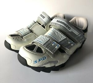 SHIMANO WOMEN'S Specific Fit SPD CYCLING SHOES-Size 37-US 5.5 White/Silver/Blue