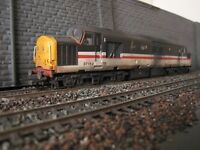 Used Bachmann 00 gauge Class 37 Inter City Swallow 37152 DC control