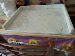 Tagliere in marmo 60x45,base per stemperare il cioccolato o x pizza con rialzo