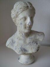 Frauen Büste Kopf mit Pferdezopf L creme antik finished