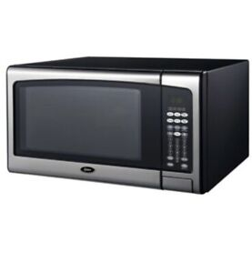 Oster 3 In 1 Convection Oven + Air Fryer + Microwave 1.2 Cu Ft