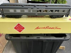 Aristo-craft ART-31507 HWT. DINER NYCPassenger Car Kadees G ScaleNEVER USED RARE