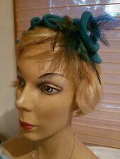 Vintage 50s turquoise wool felt headband hat feathers