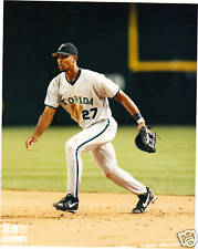 DERREK LEE Unsigned 8x10 Photo MARLINS