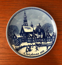 "Christmas 1975 Souvenir 6 1/4"" Wall Hanging Plate Delft Blue Holland"