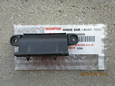 03 - 08 TOYOTA COROLLA CE LE S XLE XRS CENTER CONSOLE LID HINGE BRAND NEW