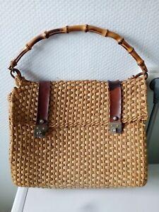 sac à main en osier ou rotin et cuir & poignée bambou L 33cmx l 18cmx H 30cm