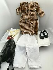 American Girl Doll JOSEFINA HOLIDAY CHRISTMAS DRESS & MANTILLA Retired Box