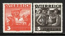 (100)     Austria 1934-38 Costumes 3s and 5s SG736-37 M/Mint
