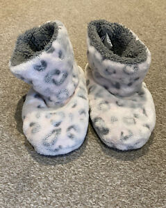 Matalan Girls Leopard Print Slipper Boots - Size Infant 9