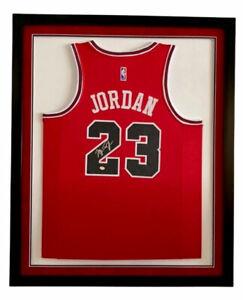 Michael Jordan Signed Autographed Chicago Bulls Jersey Framed COA