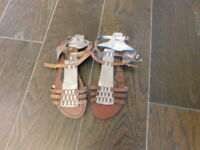 Dolce Vita Size 7.5 Strappy Leather Gladiator Style Sandals