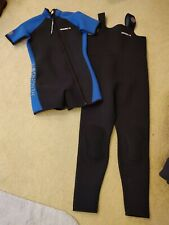 Henderson USA size Large Neoprene 4mm 2- Piece Wet suit