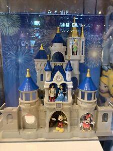 Disney Parks Cinderella Castle Playset Lights, Fireworks Show, Sounds&Music NIB