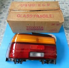 NEW GENUINE TOYOTA COROLLA AE100 EE100 EE101 AE101 LH TAIL LIGHT LAMP LENSE