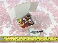 Dollhouse Miniature Bakery Box 8 pc Cake Food Dessert Pastry w/ Knife Plate 1:12