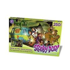 Scooby-doo The Mysterious Case of Graddy Creep - Glow in Dark Paul Lamond Games